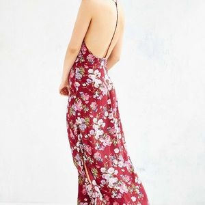 Band of Gypsies Dresses - Band of Gypies Maxi Maroon Dress